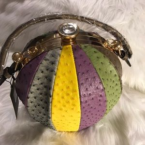 "Handbags - ""😗💛New Yellow Reptile Handbag😗🖤"